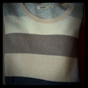 Old Navy Sweaters - Old Navy Sweater size large